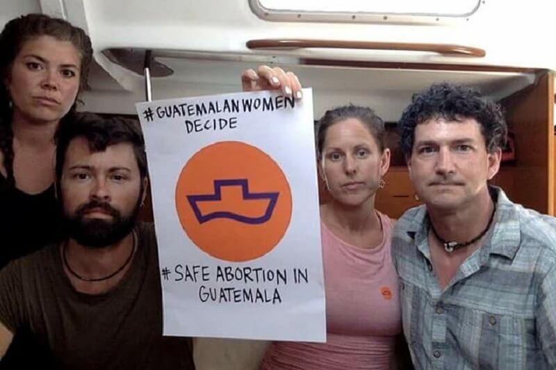 Guatemala expulsó a barco pro aborto