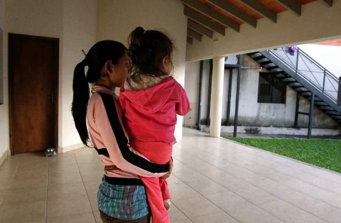 Niña argentina de 10 años, violada y embarazada de 7 meses