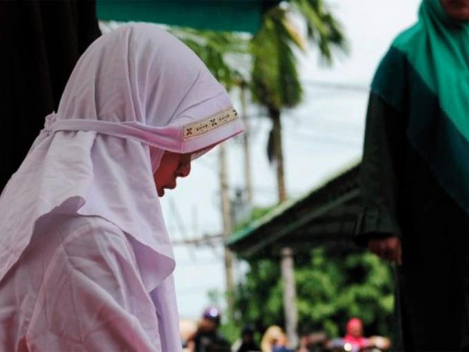 Niña encarcelada por abortar abre debate en Indonesia