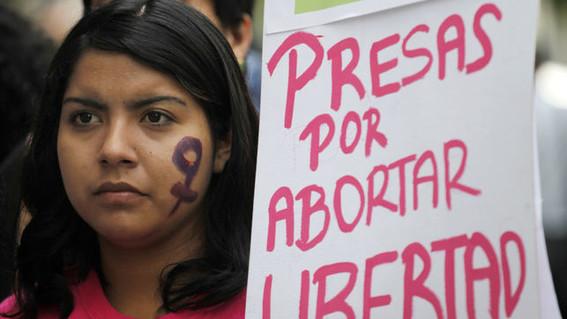 Amnistía para mujeres encarceladas por aborto