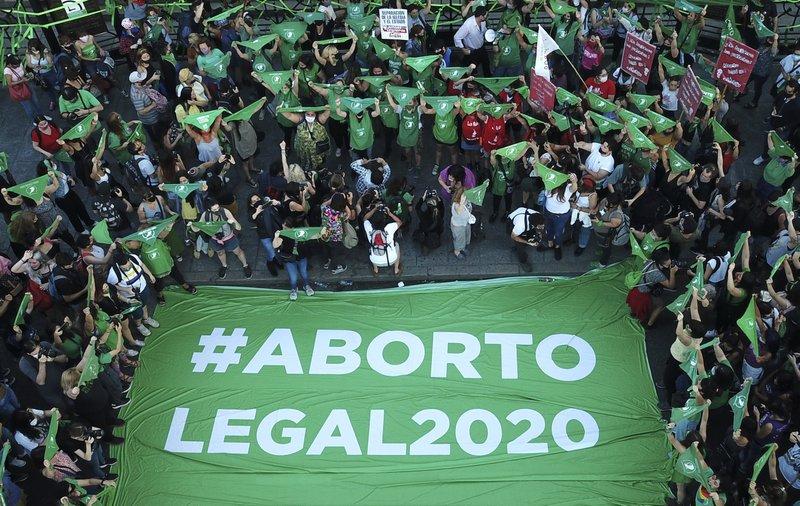 ¡El aborto ya es legal en Argentina!